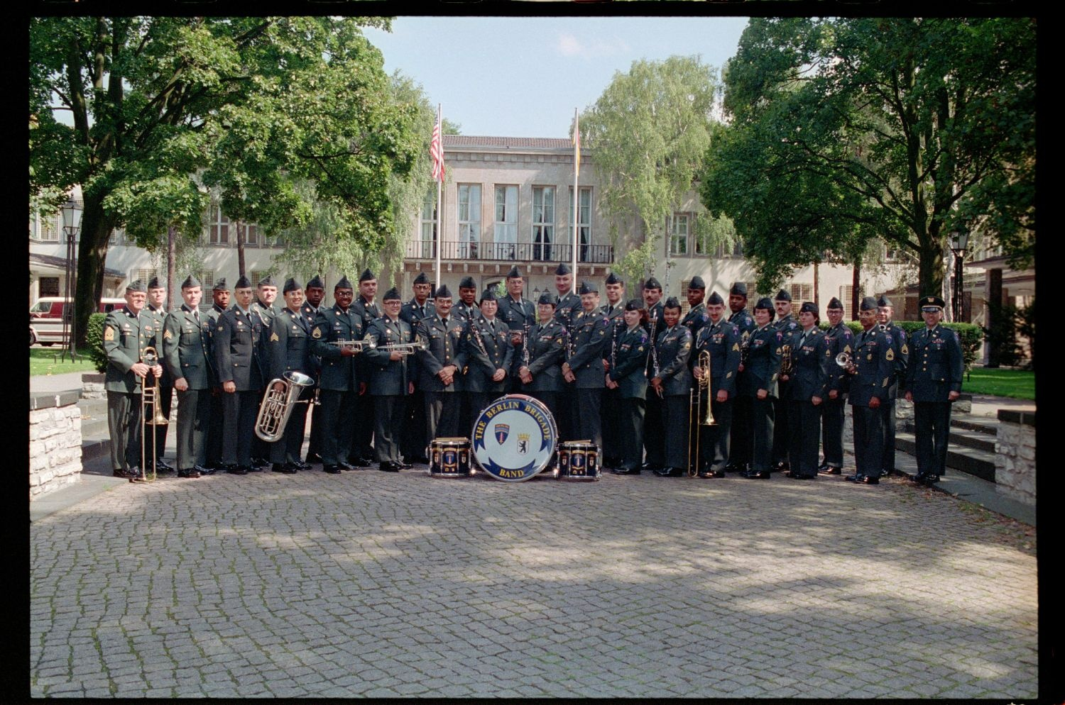 Fotografie: 298th U.S. Army Band in den Lucius D. Clay Headquarters in Berlin-Dahlem (AlliiertenMuseum/U.S. Army Photograph Public Domain Mark)