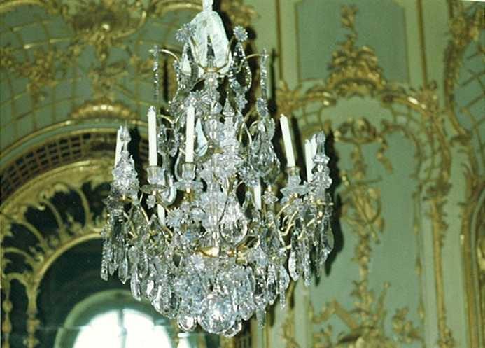Kronleuchter Behang ~ Kronleuchter mit behang aus bergkristall kerzentüllen