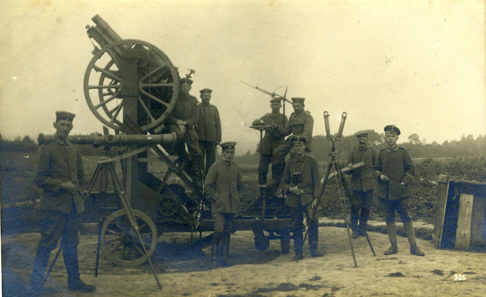 Entfernungsmesser Für Gewehre : Postkarte soldaten und entfernungsmesser :: historisches museum der